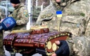 Дівчина зі Знам'янки подарувала нашим воякам танк. Шоколадний